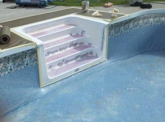 R paration d 39 escaliers en fibre de verre for Fibre de verre pour piscine